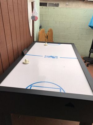 Air hockey table for Sale in Inglewood, CA