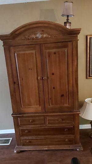 Wood furniture for Sale in Prattville, AL