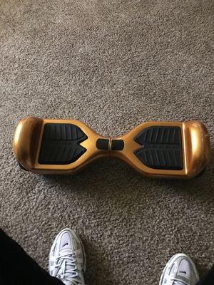 Swagtron hoverboard for Sale in Florissant, MO