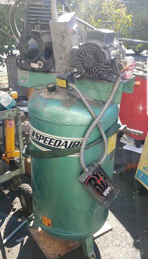 Speedaire 3 phase auto shop air compressor for Sale in Concord, CA