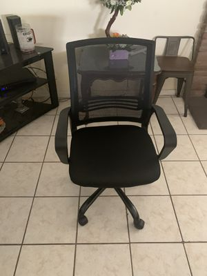 Office/desk chair for Sale in Pomona, CA
