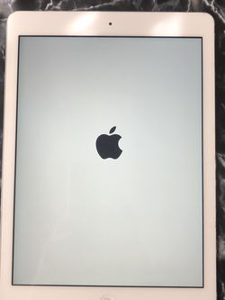 iPad Air 1 16gb (Battery Doesn't Last Long) for Sale in Zephyrhills,  FL