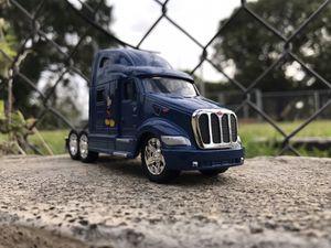 Disney Parks 2018 Peterbilt 387 Hauler Truck for Sale in Miami, FL