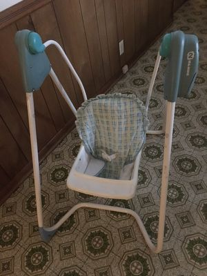 Baby sit up swing for Sale in Nashville, TN