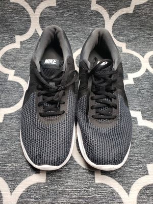 Nike Men's Revolution 4 Wide Running Shoe for Sale in Irving, TX