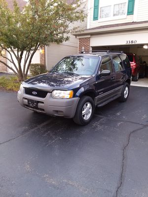 2002 Ford Escape XLT 4X4 *Nicely Detailed, Seats 5* for Sale in St. Charles, IL