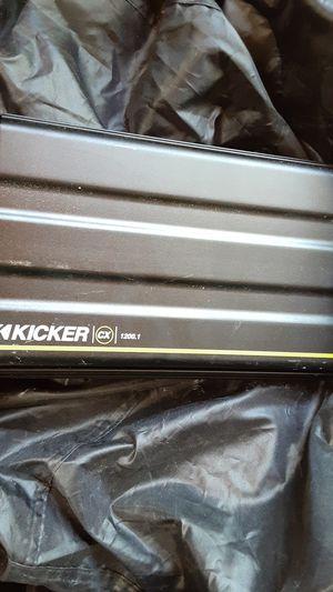Power amplifier kicker cc 1200.1 watt for Sale in Brooklyn Center, MN