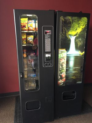Combo Vending Machine for Sale in Donna, TX