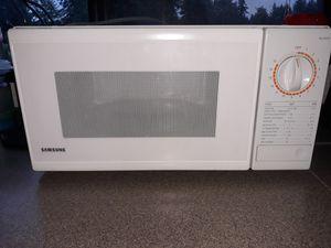 Samsung microwave for Sale in Graham, WA