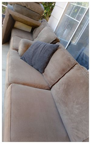 4 Piece Sectional Couch(like new) for Sale in Corona, CA
