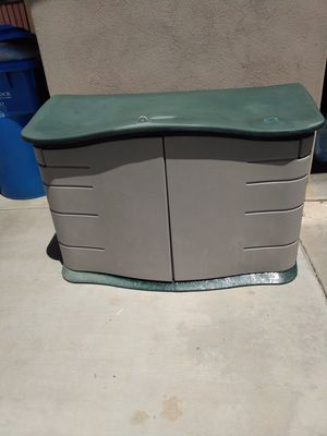 Rubbermaid Storage Shed 4 1/2'x3'x2' for Sale in Phoenix, AZ