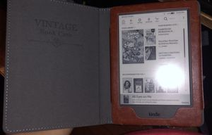 Kindle with vintage cover for Sale in Chicago, IL