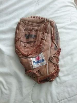 Nakona Baseball/ Softball Glove for Sale in Kent, WA