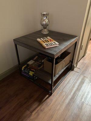 Side / coffee table for Sale in Phoenix, AZ