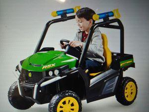 John Deere children's riding tractor $149.99 new for Sale in Phoenix, AZ