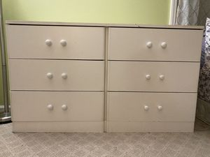 Dresser and queen bed for sale for Sale in Edison, NJ