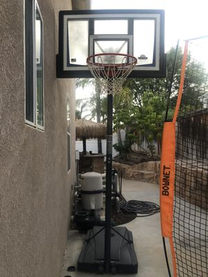 Lifetime Portable Hoop for Sale in Corona, CA