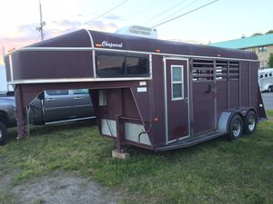 2005 Chapparel Horse Trailer for Sale in Magnolia, DE