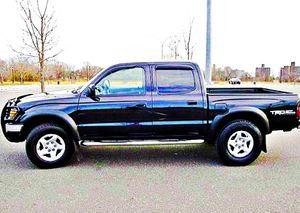 ֆ14OO 4WD Toyota Tacoma 4WD for Sale in Mercer, ND