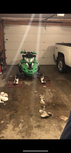 """ARCTIC CAT F7 """"Snow Pro"""" Snowmobile W/ """"Fox Float"""" Performance shocks for Sale in Waterford Township, MI"""