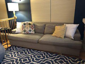 Sofa for Sale in Fort Belvoir, VA