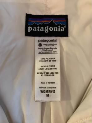 Patagonia women's medium for Sale in Fuquay-Varina, NC