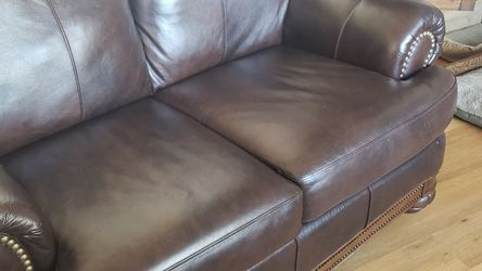 Leather Loveseat for Sale in Wheat Ridge,  CO
