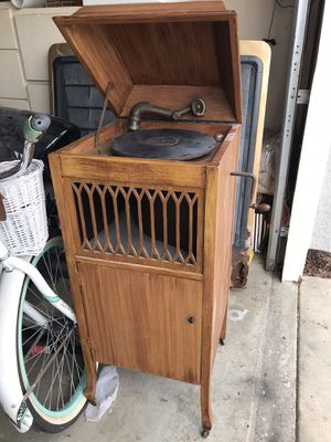 Vintage Sonora Victrola Phonogragh for Sale in Costa Mesa, CA