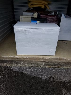 Frigidaire Deep Freezer for Sale in Murfreesboro, TN