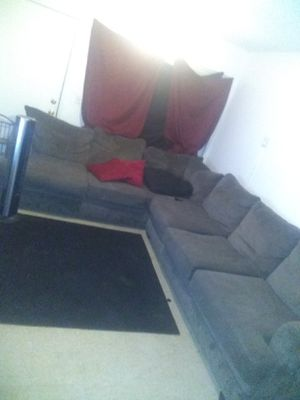 Sectional couch great condition for Sale in Fresno, CA