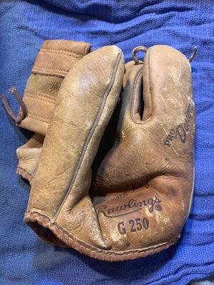 Rawlings g250 hurricane hazel vintage youth baseball glove for Sale in Austin, TX