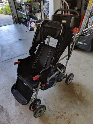 Joovy Caboose Ultralight Sit and Stand Double Stroller for Sale in San Diego, CA