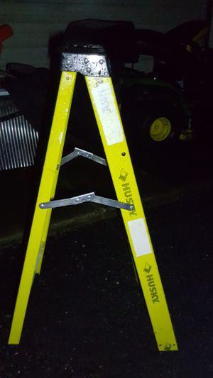 HUSKY fiberglass heavy duty work ladder, 4ft for Sale in Levittown, PA