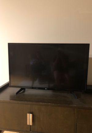 40 inch flat screen TV for Sale in Washington, DC