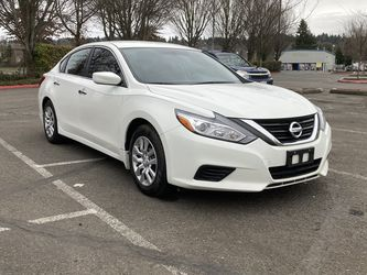 2017 Nissan Altima ( 36k Miles ) for Sale in Kent,  WA