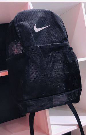 Nike Brasilia Mesh Backpack for Sale in Bell, CA