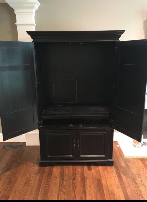 Solid Wood Cabinet (Heavy Duty)