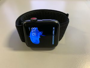 Apple Watch Series 3 Cellular 42mm (Great Condition) for Sale in New York, NY