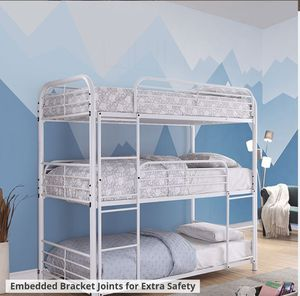 TRIPLE TWIN. BUNK BED MATTRES NOT INCLUIDED for Sale in Fullerton, CA