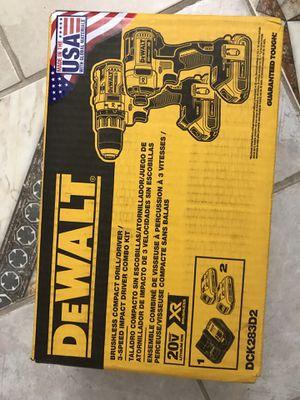 Dewalt drill set for Sale in Port Charlotte, FL