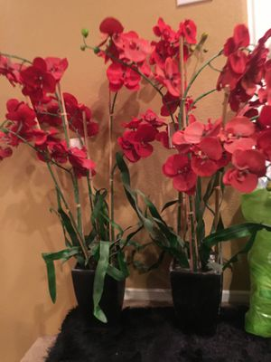 Fake red flowers/ plant for Sale in Moreno Valley, CA