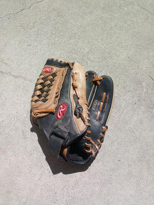 Rawlings BASEBALL glove for Sale in West Covina, CA