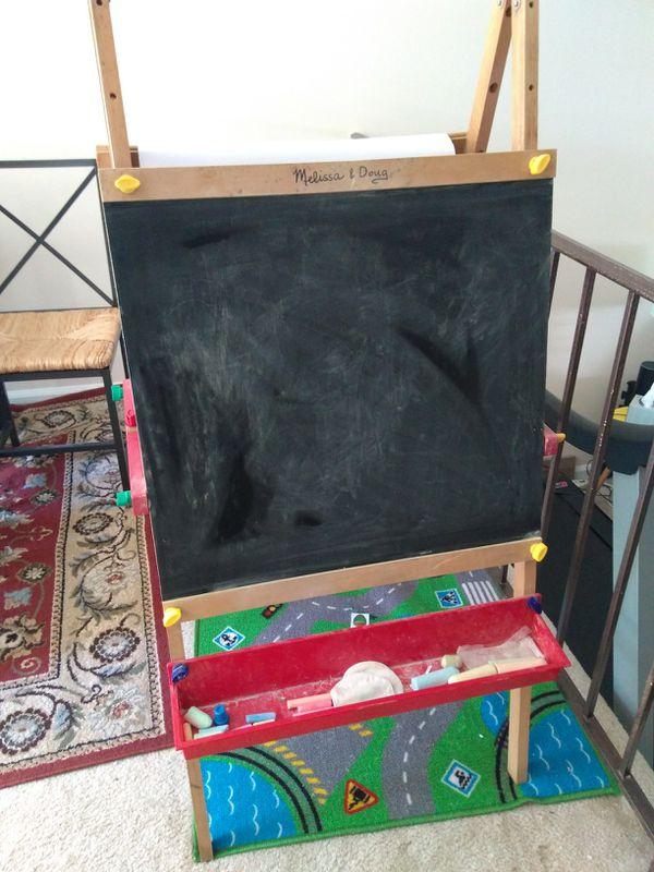Melissa and Doug dual sided chalkboard and easel