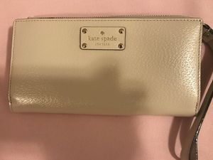 Kate spade wallet/wristlet for Sale in Richmond, VA