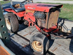 Vintage simplicity 2012 tractor for sale for Sale in Burbank, IL