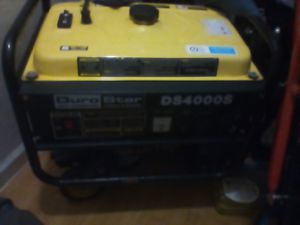 Dura generator has gas and starts right up for Sale in Alameda, CA