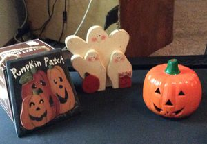 Halloween Decorations/Candles for Sale in Dellwood, MN