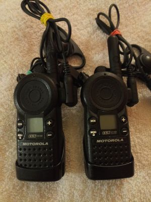 Pair of Motorola CLS 1110 16-channel UHF two-way radios for Sale in Lemon Grove, CA