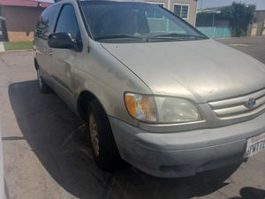 2001 Toyota Sienna LE for Sale in San Diego, CA