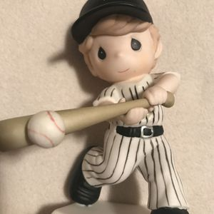 Precious Moments White Sox Figure for Sale in Schaumburg, IL